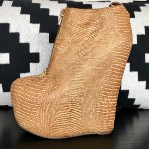 COPY - Jeffrey Campbell 99-Two Exotic